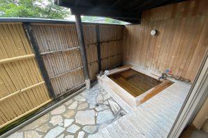 小さい子どもがいるからこそ、一家で1万円ちょっと露天付き和室「Etavia湯布院金鱗湖」に宿泊しました